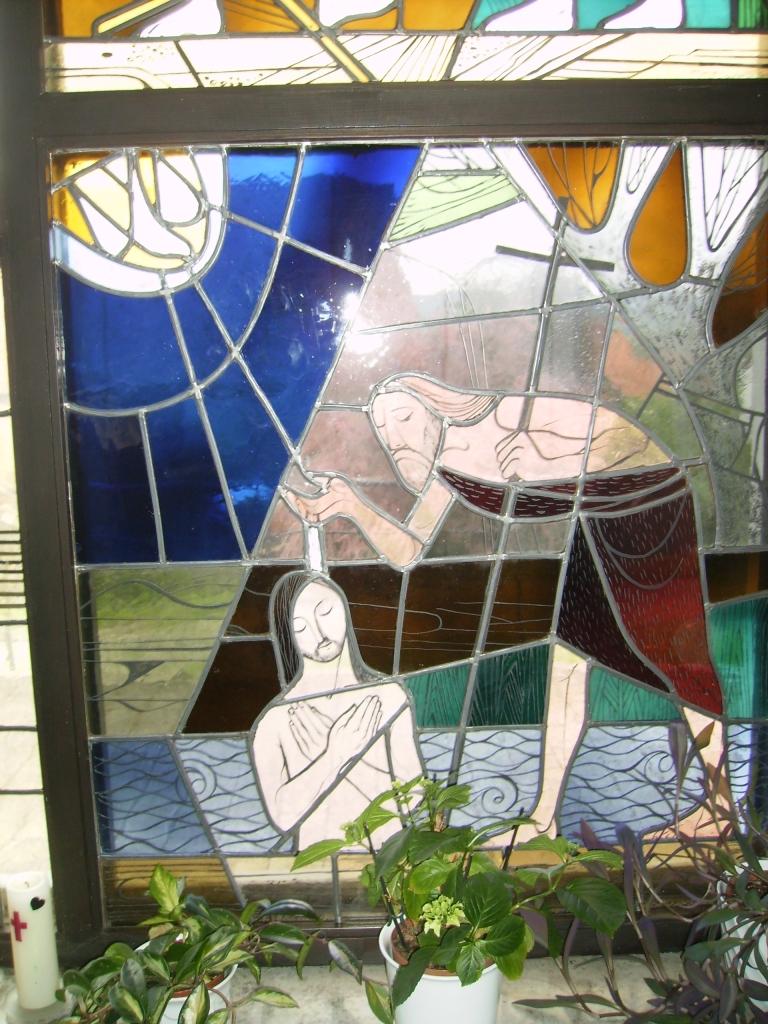 Jesus läßt sich von Johannes taufen.